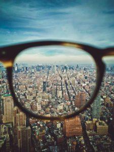 本を読む人,本を読まない人,見ている世界